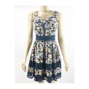 Lauren Conrad Blue floral lace dress size 6